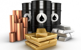 Thị trường ngày 30/6: Giá dầu tăng, vàng gần mức cao nhất 8 năm