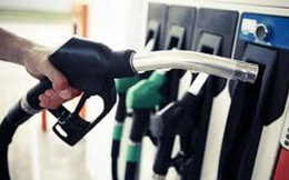 Giá xăng tăng mạnh gần 1000 đồng/lít kể từ 15 giờ chiều nay
