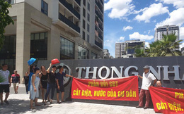Nắng nóng 40 độ, cư dân chung cư cao cấp tại Hà Nội khổ sở vì bị cắt nước