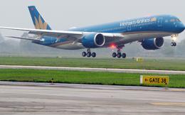 Thêm một chuyến bay đưa hơn 300 công dân Việt Nam từ Singapore về nước an toàn