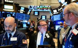 Bất chấp làn sóng biểu tình, Dow Jones vẫn tăng hơn 200 điểm, S&P 500 cao hơn 40% so với mức thấp hồi tháng 3
