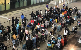 Đưa 340 công dân Việt Nam từ Anh về nước an toàn