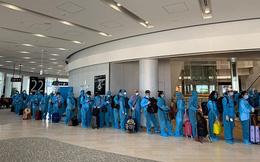 Hơn 340 công dân Việt Nam từ Nhật Bản hạ cánh an toàn tại sân bay quốc tế Đà Nẵng