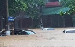 Nguyên nhân khiến nước ngập đến nóc ô tô ở thành phố Hà Giang