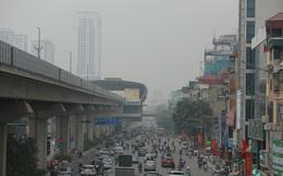 Bầu trời Hà Nội lại mù mịt dù đã giữa trưa, chất lượng không khí nhiều nơi ở mức tím - rất có hại cho sức khỏe