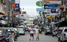 Cùng ngăn chặn thành công Covid-19, vì sao IMF đánh giá triển vọng kinh tế của Thái Lan xấu hơn nhiều so với Việt Nam?