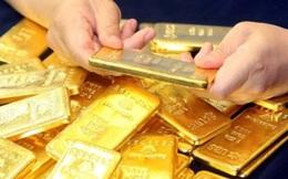 """Vàng lên hơn 50 triệu, người vay vàng """"ngồi trên đống lửa"""", nợ đột ngột tăng gấp đôi"""