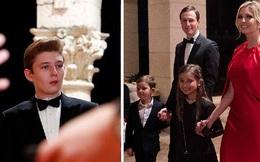 """Gia đình Tổng thống Trump tề tựu trong tiệc năm mới: Ivanka xinh đẹp hút hồn nhưng Barron vẫn gây chú ý nhất với vẻ ngoài như """"nam thần"""""""