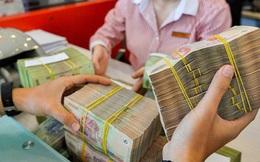 Tiền vẫn được bơm, lãi suất giảm trên thị trường liên ngân hàng