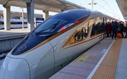 Tàu tự lái tốc độ 350 km/h đầu tiên trên thế giới ra mắt tại Trung Quốc