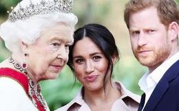 """Hé lộ thông tin Nữ hoàng từng """"nhún nhường"""" cháu dâu Meghan Markle, đích thân gọi điện thoại hỏi thăm nhưng bị đối xử phũ phàng"""