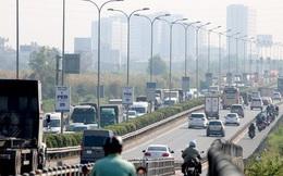CLIP: 1 xe bốc cháy, cao tốc TP HCM - Long Thành - Dầu Giây kẹt kinh hoàng