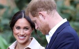 Sự đánh đổi mạo hiểm: Những thứ Harry buộc phải từ bỏ khi rời hoàng gia Anh, đi theo Meghan Markle