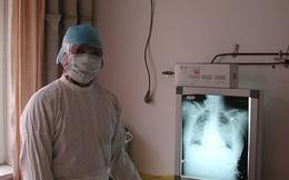"""Từng khẳng định virus Vũ Hán """"có thể kiểm soát"""", bác sĩ đầu ngành Trung Quốc vừa xác nhận mình nhiễm Corona"""