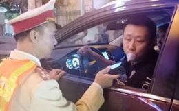 Một người Trung Quốc bị phạt 40 triệu đồng vì lái xe ôtô có nồng độ cồn