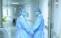 Câu chuyện cảm động của những nhân viên y tế nơi tâm dịch