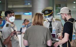 Đang giám sát chặt 67 hành khách lưu trú ở Trung Quốc nhập cảnh về Tân Sơn Nhất