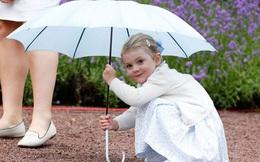 Tiểu công chúa tinh nghịch nổi tiếng của Hoàng gia Thụy Điển gây bất ngờ với vẻ ngoài xinh đẹp trong hình ảnh mới nhất