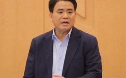 """Chủ tịch Hà Nội: 10.000 người từ các """"điểm nóng"""" Covid-19 trở về, khuyến cáo các cửa hàng đóng cửa"""
