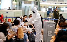 Sân bay Nội Bài dừng đón người Việt Nam về nước