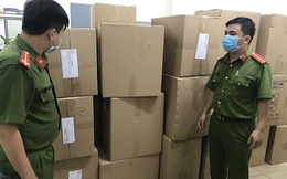 Người nước ngoài thu gom khẩu trang y tế bán sang Malaysia