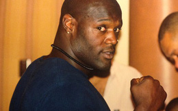 Bi kịch của võ sĩ quyền Anh bị Mike Tyson hạ gục sau 49 giây: Cướp ngân hàng, bắn cảnh sát và sẽ chết trong tù với bản án 160 năm giam giữ