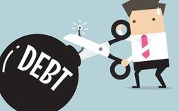Sau nội công đến ngoại kích, nợ xấu sẽ nghiêng hẳn về một tên gọi