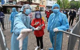 """Từ """"bài học đắt giá"""" ở BV Bạch Mai: Một loạt bệnh viện đã dựng """"vành đai"""" chống dịch xâm nhập như thế nào?"""