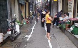 Hà Nội: Lập chốt, kẻ vạch sơn nơi công cộng, siết chặt giãn cách xã hội