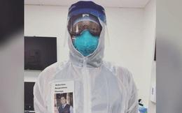 Sợ bệnh nhân Covid-19 lo lắng khi nhìn thấy mình trong bộ đồ bảo hộ, bác sĩ người Mỹ nảy ra sáng kiến đặc biệt thu hút sự chú ý