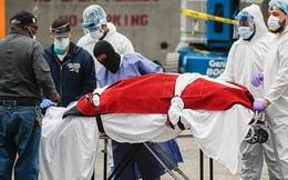 """""""Ai sẽ trả tất cả viện phí?"""": Lời trăn trối bi kịch của bệnh nhân Covid-19 khiến y tá Mỹ không bao giờ quên"""
