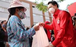 Hội Chữ thập đỏ Hà Nội cấp, phát lương thực, thực phẩm miễn phí tại 6 địa điểm