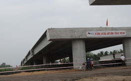 Bộ GTVT 'soi' chất lượng, Ban dự án 'muốn' dừng thi công cao tốc Trung Lương - Mỹ Thuận