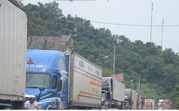 Hơn 1.700 xe hàng tồn ứ tại các cửa khẩu biên giới chờ được xuất khẩu