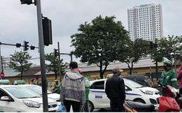 Taxi, xe ôm công nghệ tất bật trở lại sau nới lỏng cách ly xã hội