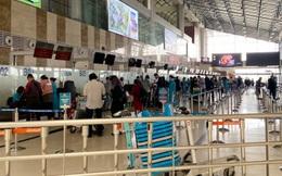 [Ảnh] Sân bay Nội Bài dần đông đúc trở lại sau thời gian cách ly xã hội