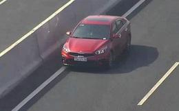 Tài xế lái ôtô ngược chiều làn 120km/h trên cao tốc Hà Nội - Hải Phòng