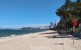 Từ ngày mai, người dân và du khách được tắm biển Nha Trang