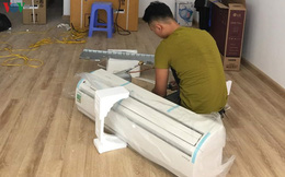 Thợ điều hòa ở Hà Nội đút túi vài triệu mỗi ngày mùa nắng nóng
