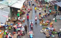 Chợ lớn nhất Phú Quốc nhộn nhịp sau giãn cách xã hội