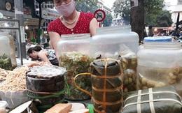 """Giá thịt lợn vẫn ở mức cao khiến giá giò chả tại các chợ cũng """"nhảy múa"""" liên tục, chả mỡ từ 110 nghìn đồng/kg tăng lên đến 160 nghìn đồng/kg"""