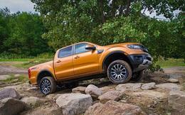 Giữa tâm dịch, một mình Ford Ranger tăng trưởng doanh số