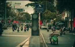 Có một Sài Gòn mỗi ngày thật khác: Giữa xô bồ và hoa lệ, vài khoảng lặng chợt ghé ngang khiến ta càng nhìn càng thương!