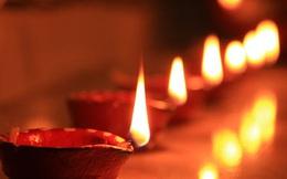 Được Đức Phật sai đi tắt đèn song có 1 ngọn đèn mãi không tắt, đệ tử kinh ngạc khi Ngài chỉ rõ lý do