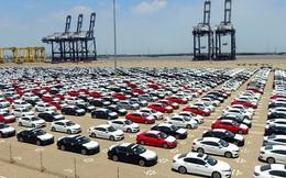 Covid-19: Ô tô nhập khẩu giảm 60%, giá tăng hàng trăm triệu đồng/chiếc