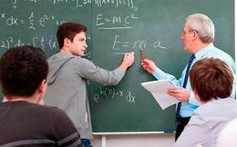 3 lần sỉ nhục sinh viên, giáo sư nhận về 3 trái đắng và bài học cho những kẻ coi thường người khác