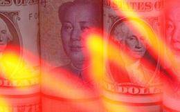 Nỗi lo chiến tranh thương mại và rút vốn mạnh tăng cao khi Trung Quốc tiếp tục hạ giá nhân dân tệ
