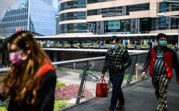Nỗi lo sợ về khả năng vốn bị rút mạnh tại Hồng Kông đang lớn dần