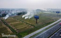 Mù mịt khói 'bủa vây' đường cao tốc Hà Nội - Ninh Bình