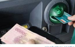 Hà Nội đẩy mạnh trả lương hưu, trợ cấp BHXH qua thẻ ATM